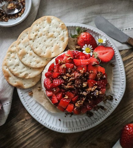 Strawberry Pecan Blue Cheese Ball