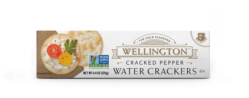 Cracked pepper water crackers