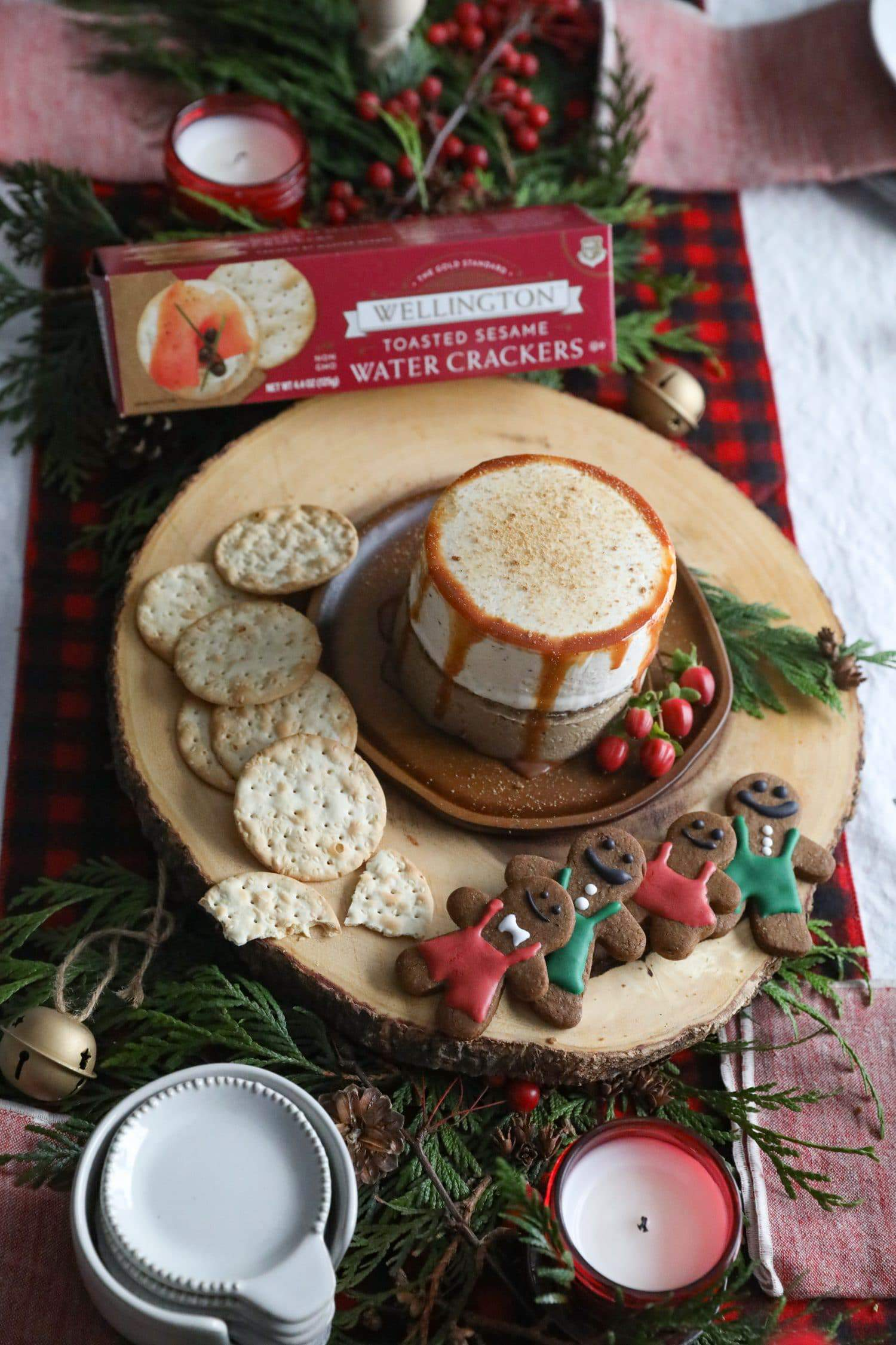 Holidays 2018 – Gingerbread Cheesecake Stack